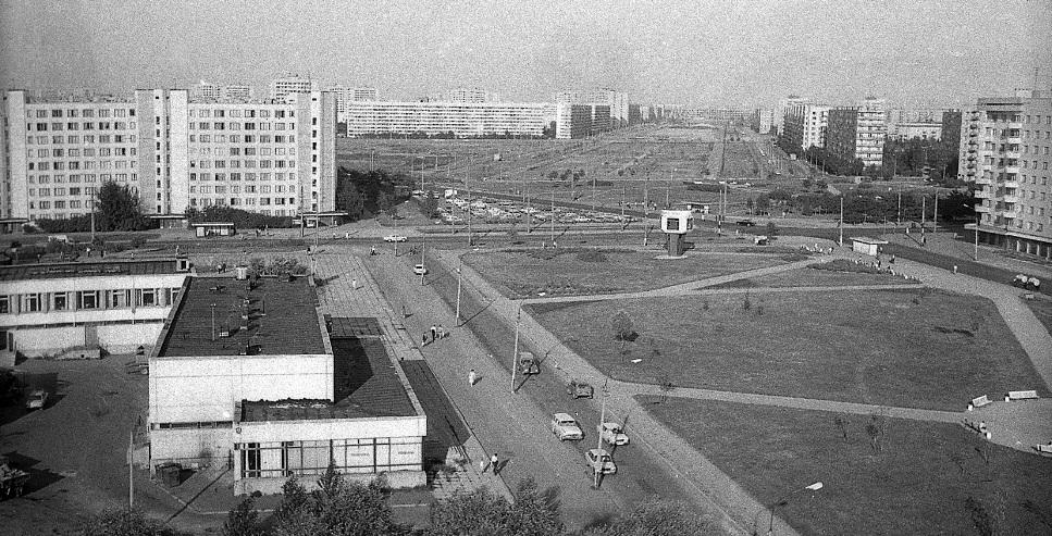 Вид с дома 4 по улице Турку, 1983 г.
