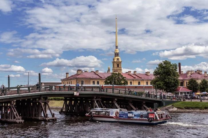 Мост в Петропавловку