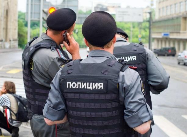 полиция петербурга фото
