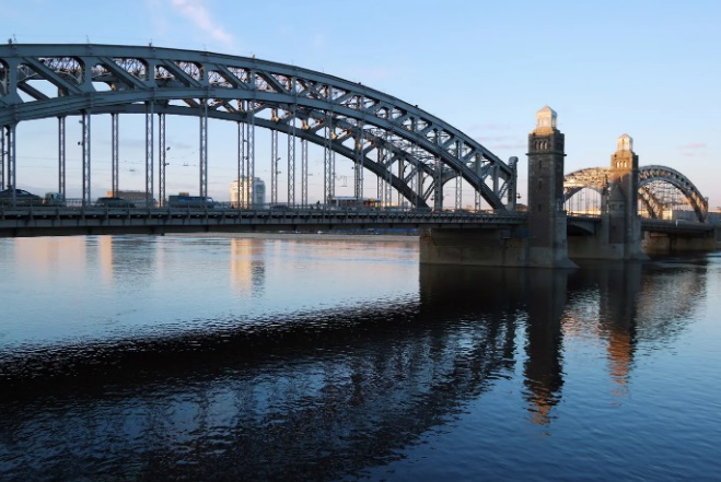 большеохтинский мост спб
