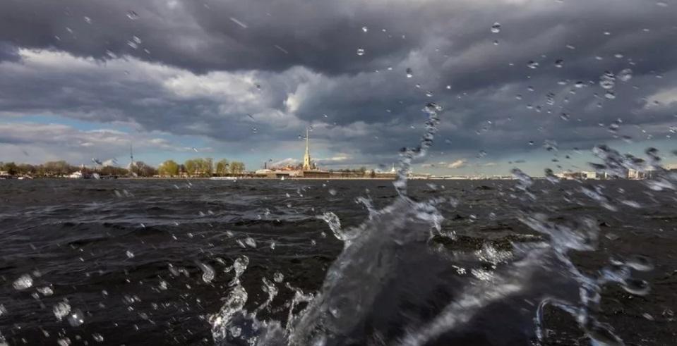 шторм в петербурге