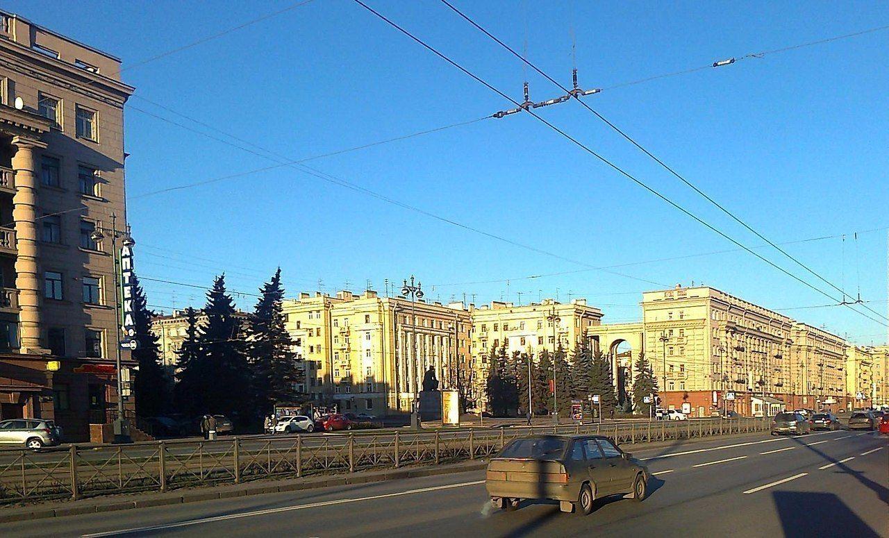 подсветка на московском на участке от обводного до фонтанки