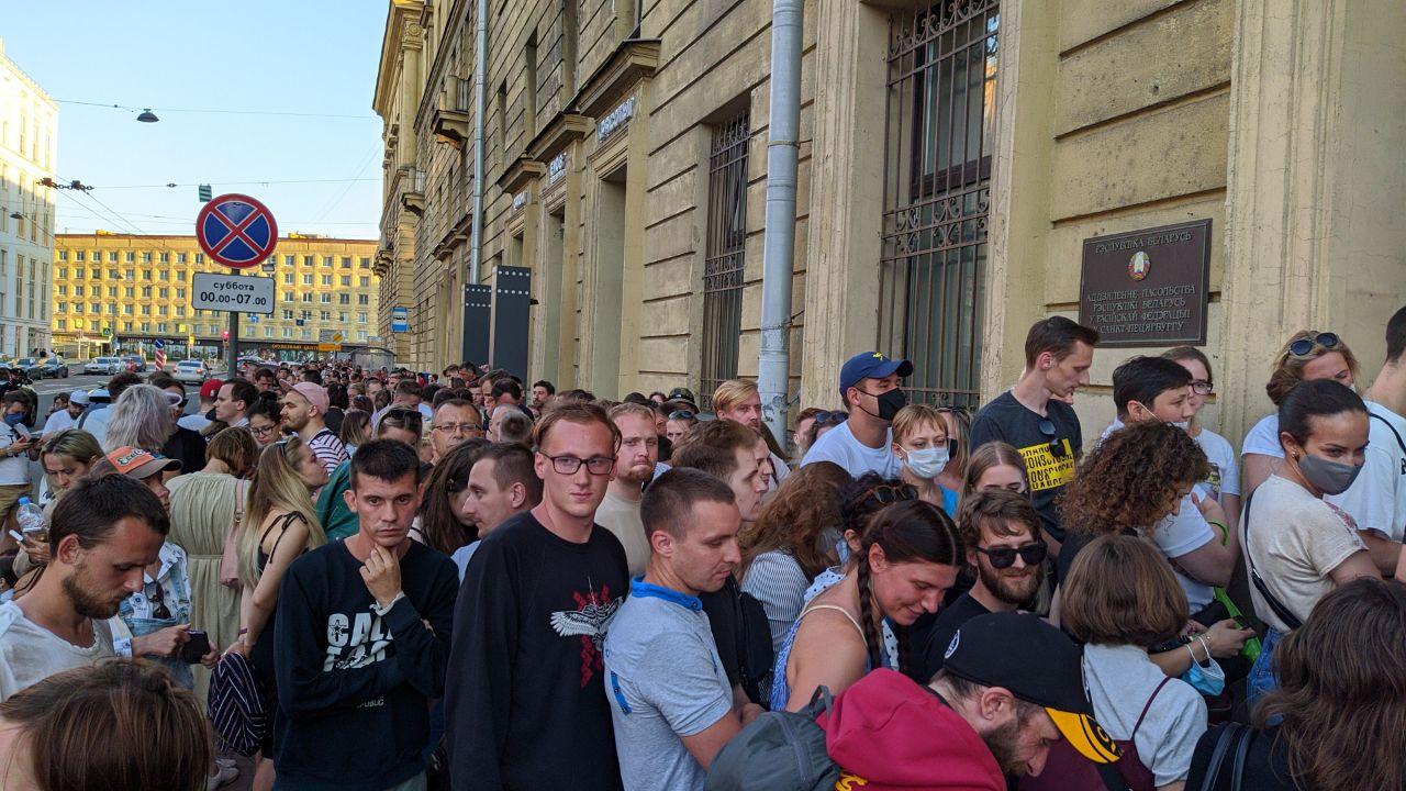 голосование белорусов спб 9 августа
