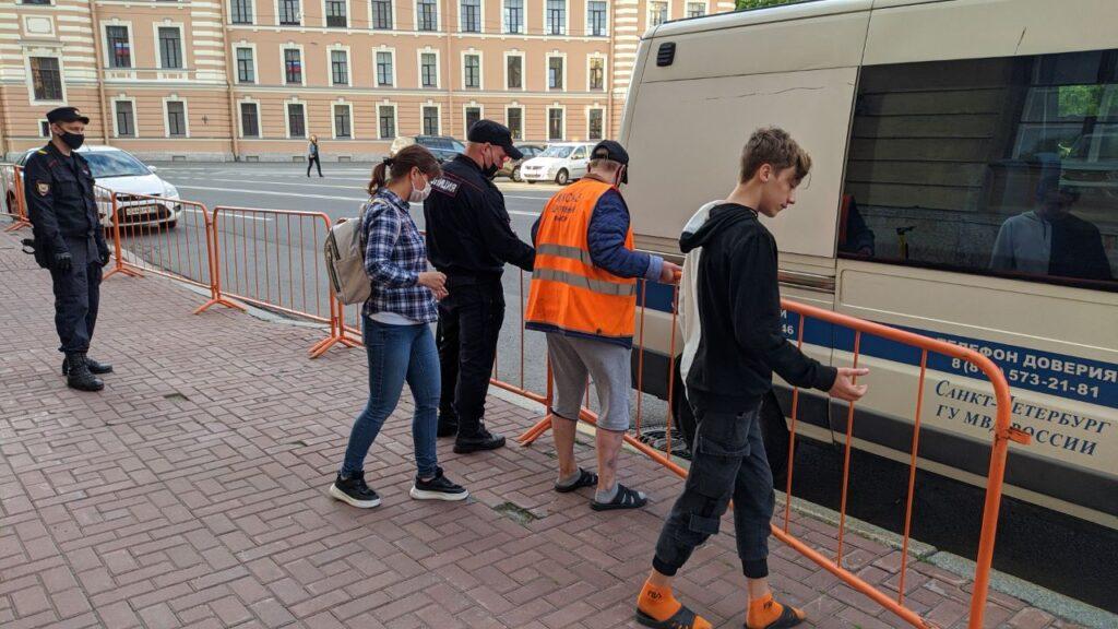 протесты петербург консульство белоруссии