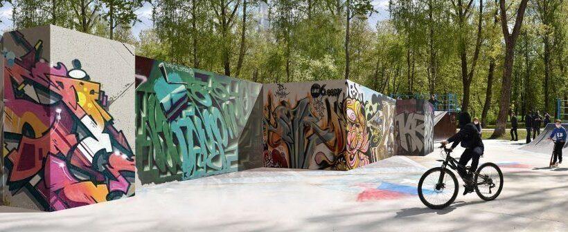 Главный художник Петербурга рассказал, как будут выглядеть стенды для граффити