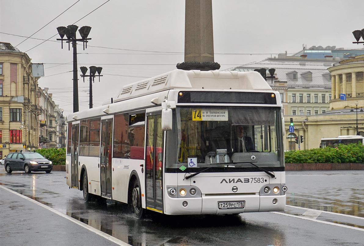 Жителей Питера лишат почти 250 автобусных маршрутов