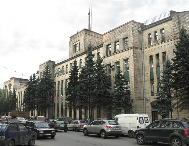 ломо чугунная улица петербург
