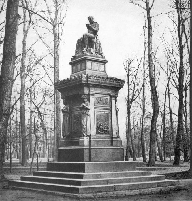 памятник виллие петербург